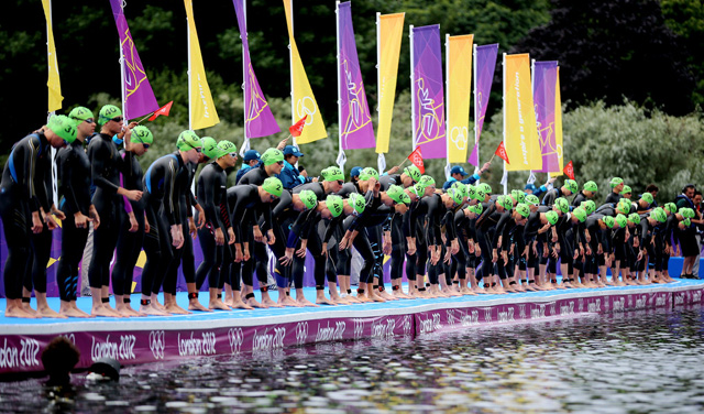 London 2012 Women's Triathlon race start
